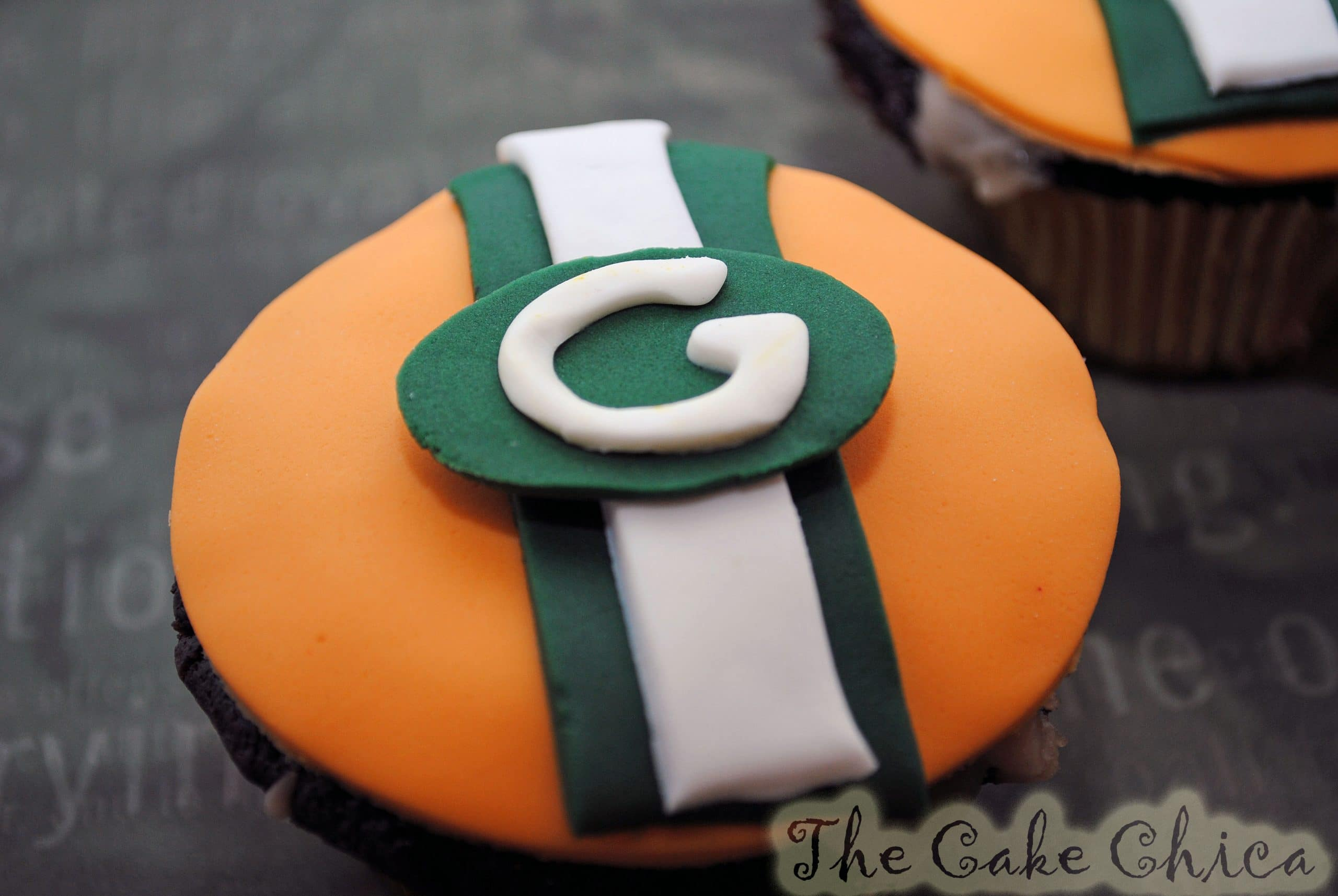 Super Bowl Cupcakes The Packers vs the Steelers