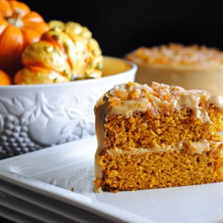 Pumpkin Spice Laye Cake with Caramel Cream Cheese Frosting