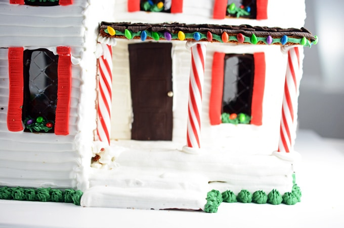 Gingerbread Farmhouse
