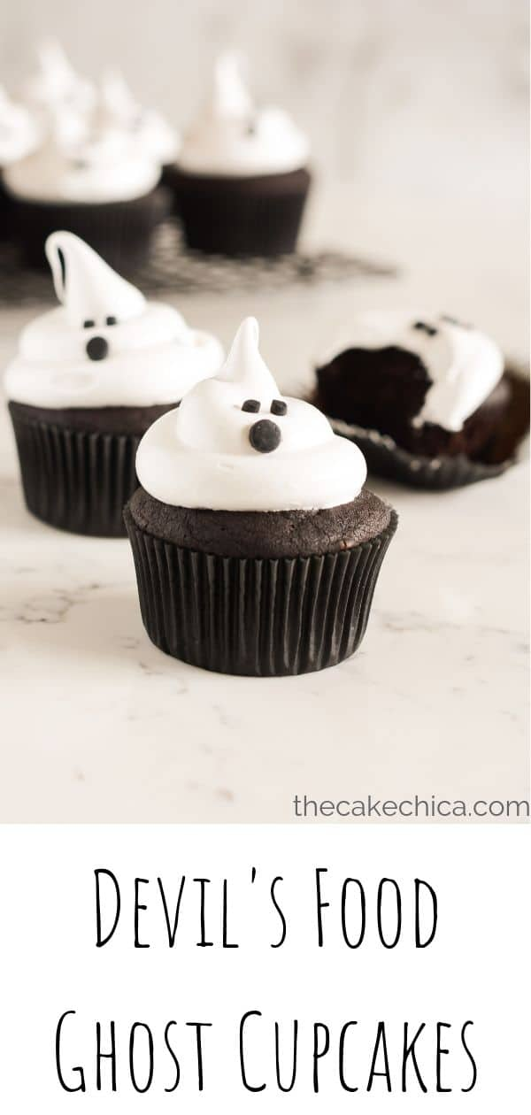 Deep, dark chocolate cupcakes, topped with a seven minute frosting all dressed up for Halloween. #cupcakes #devilsfood #halloween #cake #thecakechica