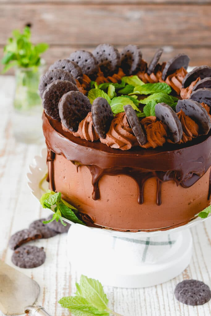 Chocolate Mint Cookie Layer Cake