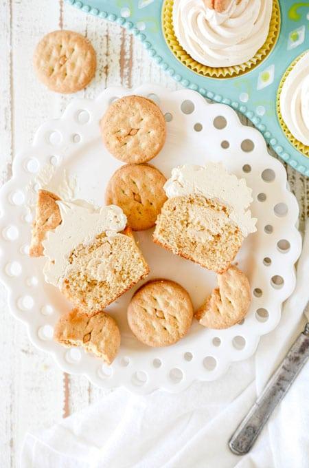 Peanut Butter Sandwich Cookie Cupcakes
