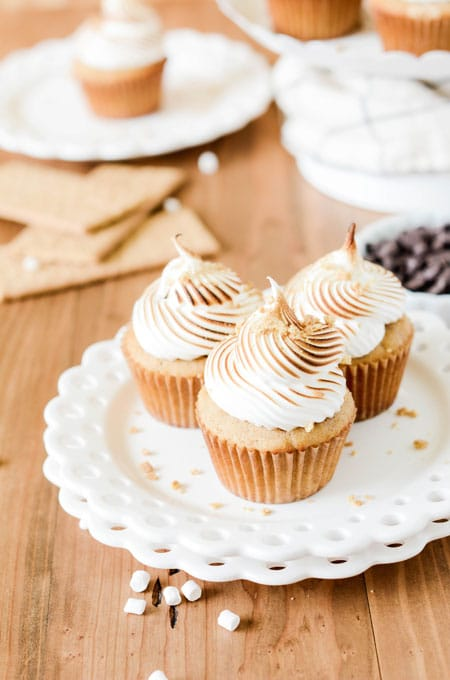 Roasted S'mores Cupcakes